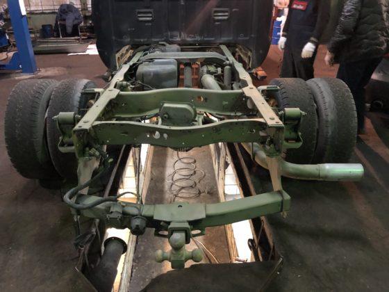 Пескоструйная обработка рамы автомобиля