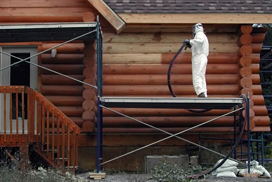 Как очистить деревянную поверхность?